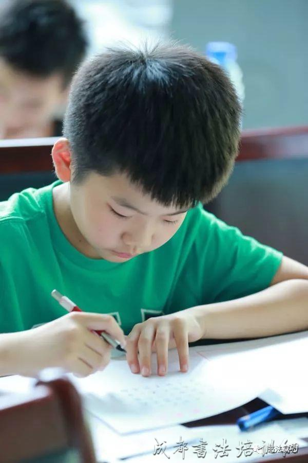 语文老师肺腑之言:孩子写好字,就是在增加考分! –