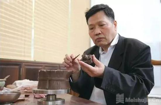 紫砂壶艺家收藏家许四海74岁因病辞世