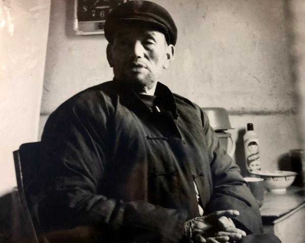 一周艺术人物|黄土地上乡村馆长辞世,建筑师设计后疫情社区