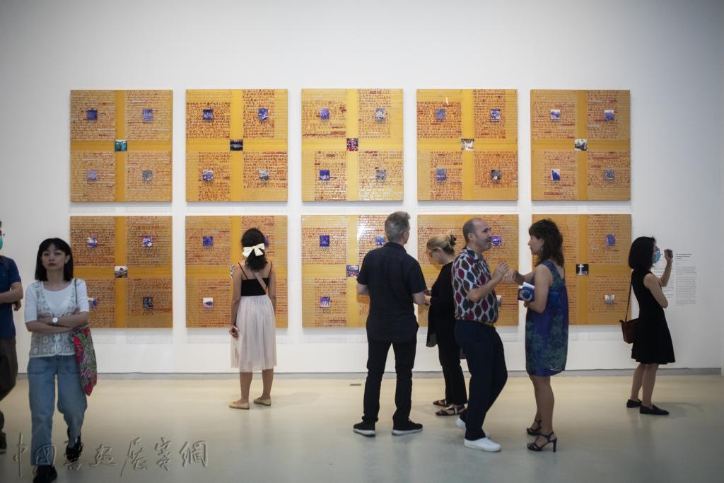 """上海当代艺术博物馆疫情后首展:跃入历史的""""海浪"""""""
