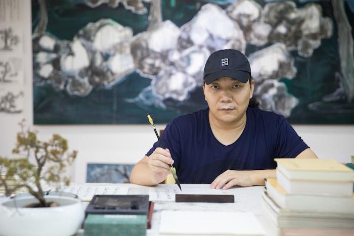 一周艺术人物|为《辞海》设计字体的他影响了一代代设计人