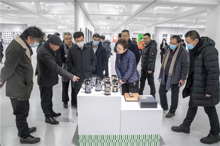 首届全国平面设计大展在吉林艺术学院开幕