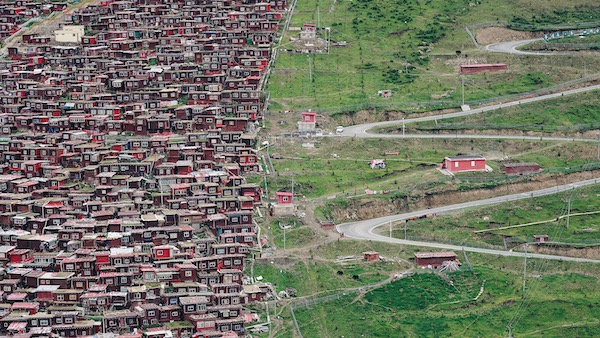 """""""公路文化在中国""""特展:走近G318的人文景观"""